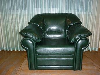 Перетяжка мебели натуральной и искусственной кожей